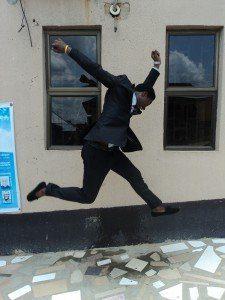 Saltando de emoción