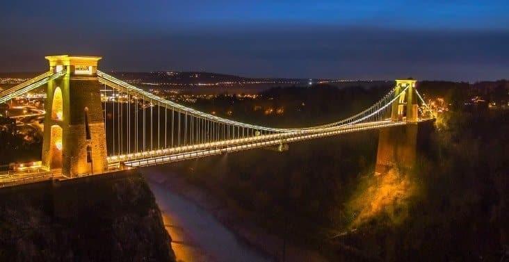 Puente, símbolo de cómo las habilidades pueden ser transferibles entre diferentes trabajos